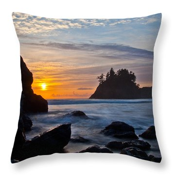 Trinidad 3 Throw Pillow