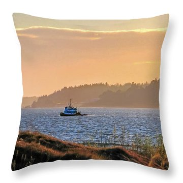 Twilight Tug -chambers Bay Golf Course Throw Pillow