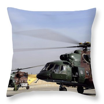 Two Iraqi Mi-17 Hip Helicopters Conduct Throw Pillow