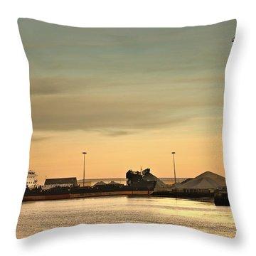 Tyne And Wear, Sunderland, England Throw Pillow by John Short
