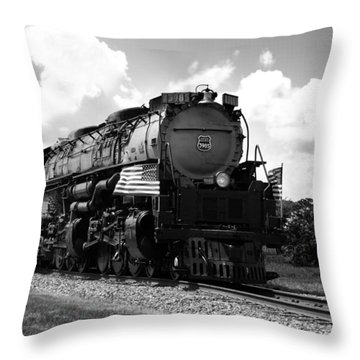 Union Pacific 3985 Throw Pillow