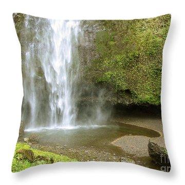 Upper Cascade Pool Multnomah Falls Or Throw Pillow