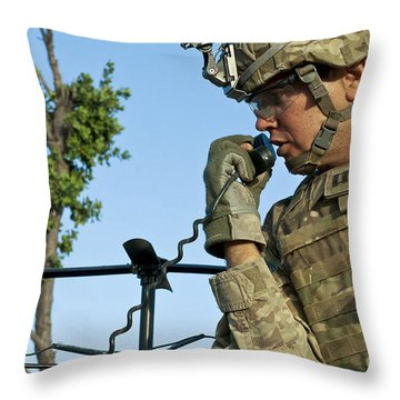 U.s. Army Soldier Calls For Indirect Throw Pillow by Stocktrek Images