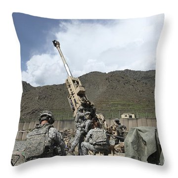 U.s. Soldiers Prepare To Fire Throw Pillow by Stocktrek Images