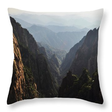 Valley In Huangshan Throw Pillow