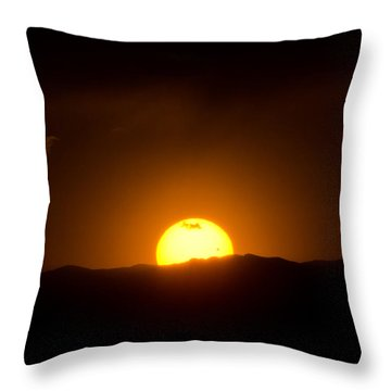 Venus Transit Setting Over The Rocky Mountains Throw Pillow