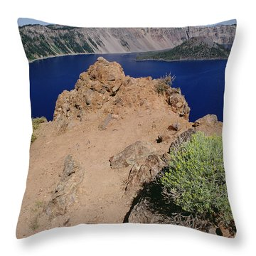 Wizard Island And Lake Shore, Mt Throw Pillow by Gerry Ellis