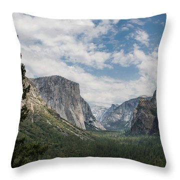 Yosemite Valley From Tunnel View At Yosemite Np Throw Pillow