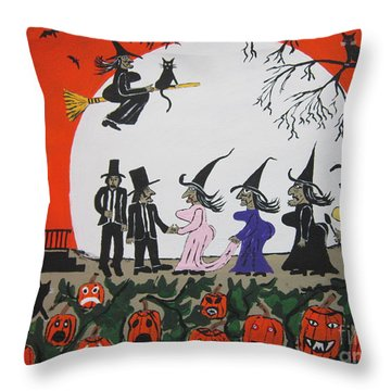 A Halloween Wedding Throw Pillow