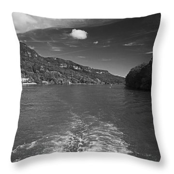A Wake, River And Sky Throw Pillow