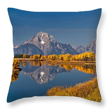 Fall Colors At Oxbow Bend In Grand Teton National Park Throw Pillow