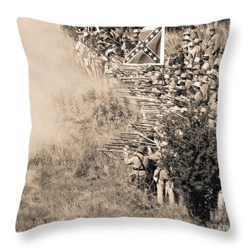 Gettysburg Confederate Infantry 8769s Throw Pillow