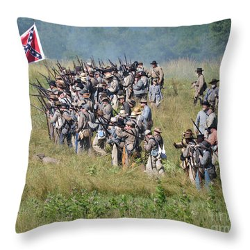 Gettysburg Confederate Infantry 9015c Throw Pillow