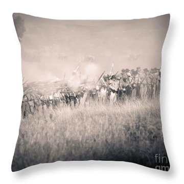 Gettysburg Confederate Infantry 9112s Throw Pillow