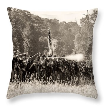 Gettysburg Union Infantry 9372s Throw Pillow