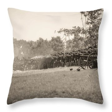 Gettysburg Union Infantry 9968s Throw Pillow