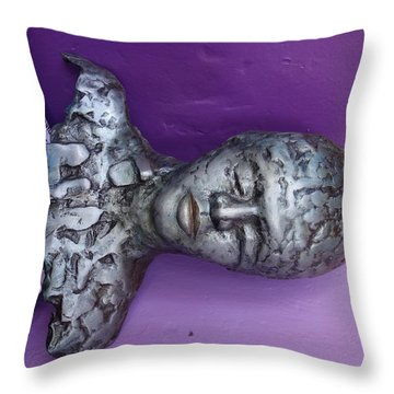 -- Throw Pillow