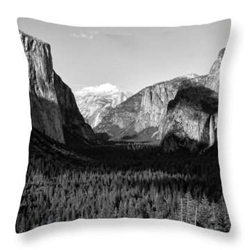 Valley Of Inspiration Throw Pillow