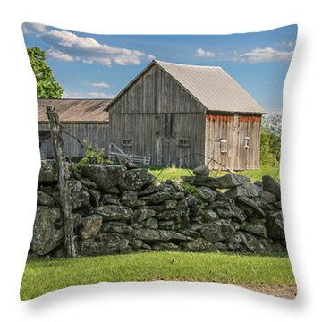 #0079 - Robert's Barn, New Hampshire Throw Pillow