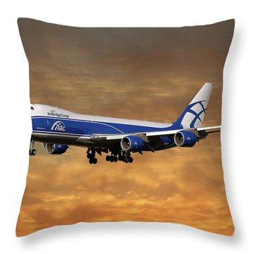 Boeing 747 Throw Pillows