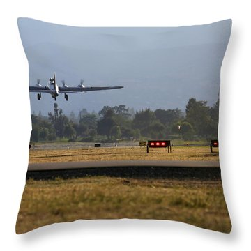 B17 Flying Fortress 909 Departs Livermore Throw Pillow