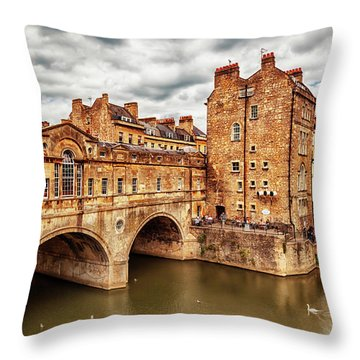 Throw Pillow featuring the photograph Bath Historical Bridge  by Ariadna De Raadt