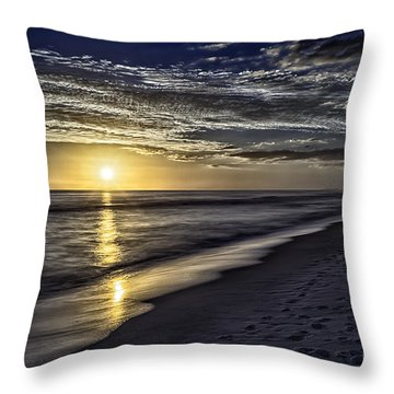 Beach Sunset 1021b Throw Pillow by Walt Foegelle