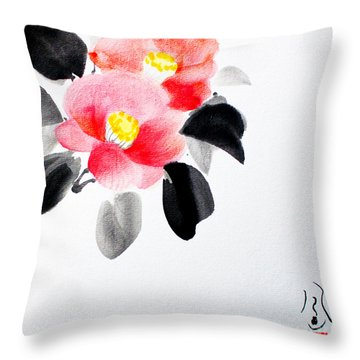 Camellia / Tsubaki Throw Pillow