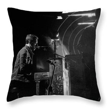 Coldplay9 Throw Pillow