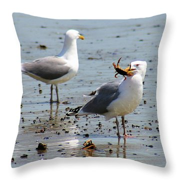 Crab Lunch Throw Pillow