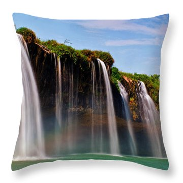 Draynur Waterfall Throw Pillow