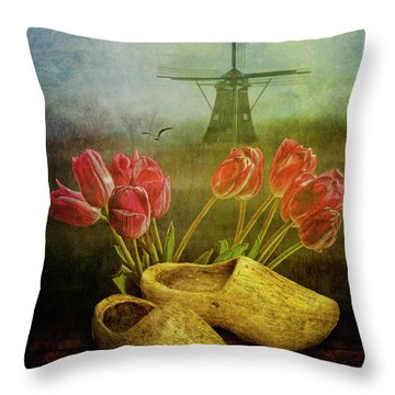 Dutch Heritage Throw Pillow