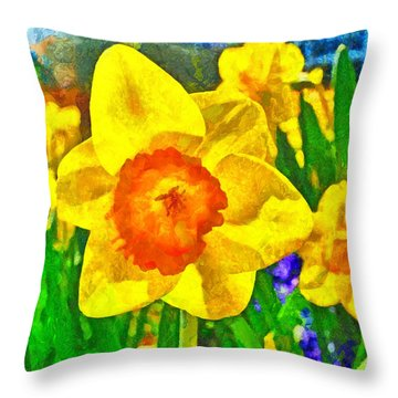 Extreme Daffodil Throw Pillow
