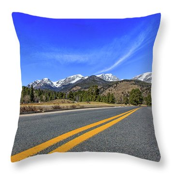 Fall River Road With Mountain Background Throw Pillow