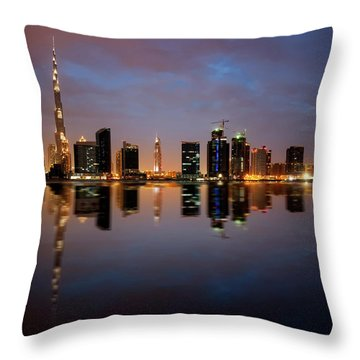 Fascinating Reflection Of Tallest Skyscrapers In Bussiness Bay D Throw Pillow
