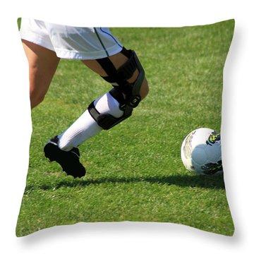 Futbol Throw Pillow