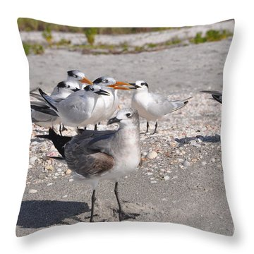 Gagglethon 7 Throw Pillow