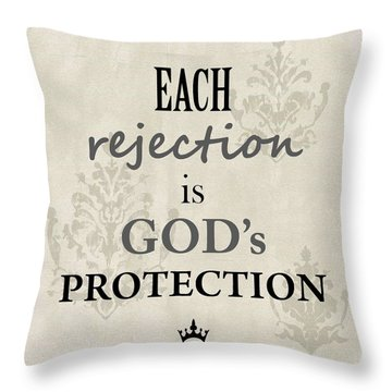 Gilda-gram Decor I Throw Pillow