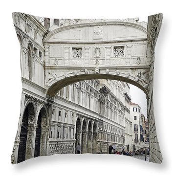 Gondolas Going Under The Bridge Of Sighs In Venice Italy Throw Pillow