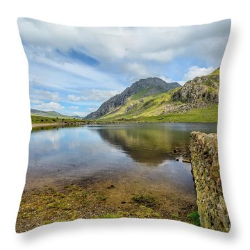 Throw Pillow featuring the photograph Idwal Lake Snowdonia by Adrian Evans