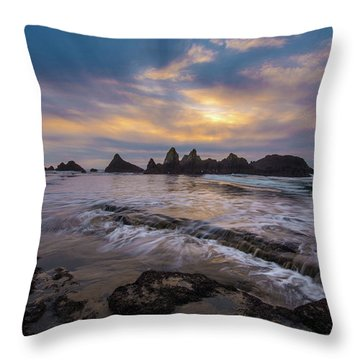Incoming Tide 2 Throw Pillow