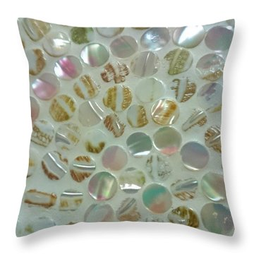 Kaigara  Throw Pillow
