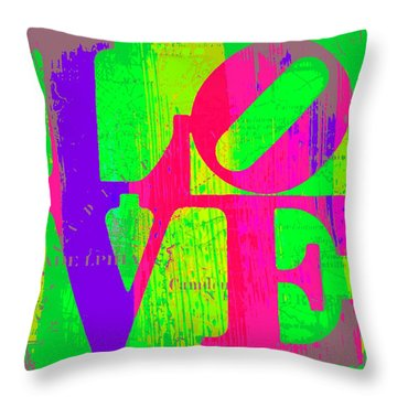 Love Philadelphia Throw Pillow