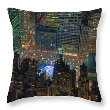 Manhattan Skyline 274 Throw Pillow