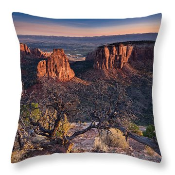 Morning At Colorado National Monument Throw Pillow