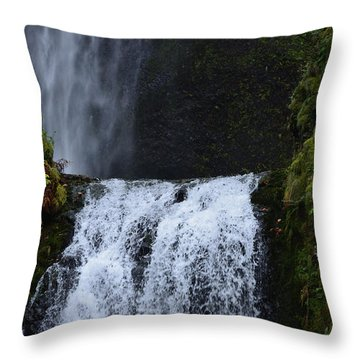 Multnomah Falls Throw Pillow