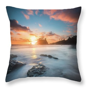 Throw Pillow featuring the photograph Pacific Sunset At Olympic National Park by William Lee