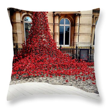 Poppies - City Of Culture 2017, Hull Throw Pillow