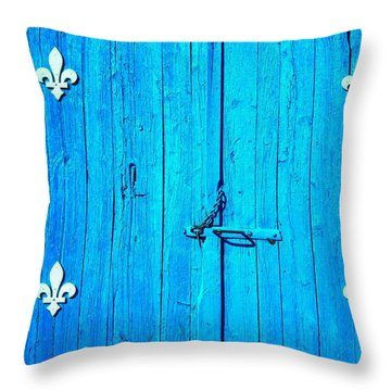Quebec ... Throw Pillow by Juergen Weiss