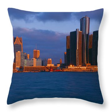 Renaissance Center, Detroit, Sunrise Throw Pillow